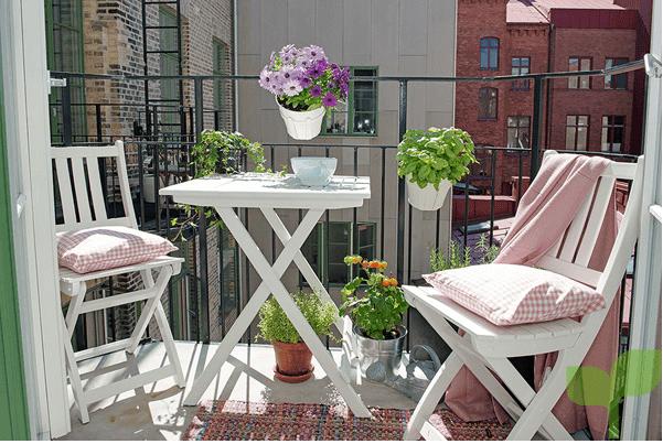 mobiliario plegable - Ideas para decorar terrazas pequeñas