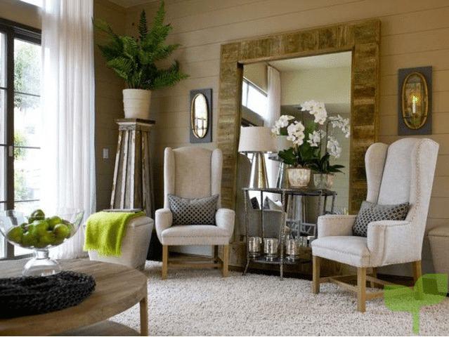 salones con espejos grandes 2 - Cómo decorar un salón pequeño